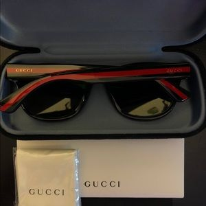Gucci Polarized Round Frame Green and Red Sticks